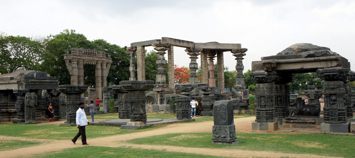 Fort Warangal is located at a distance of 5 kms from railway station of Warangal. This historical fort was built in 12th Century by Kakatiyas.